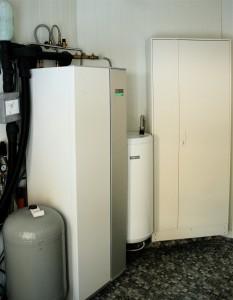 En varmepumpe og en Nibe UKV ferdig installert